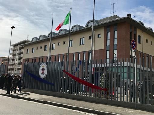 La caserma dei carabinieri il giorno dell'inaugurazione