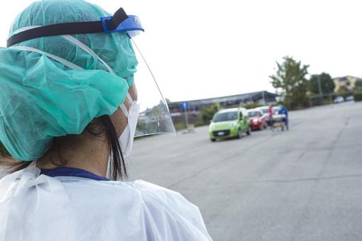 Coronavirus, i dati di martedì 13 aprile. In provincia 457 casi: Varese +43, Busto +29, Gallarate +14, Saronno +18, Luino +11