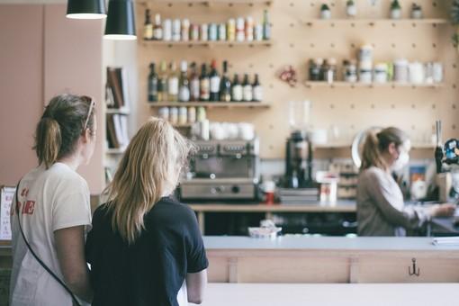 Bar, ristoranti, palestre e cinema: riaperture a maggio? Tutte le ipotesi sul tavolo
