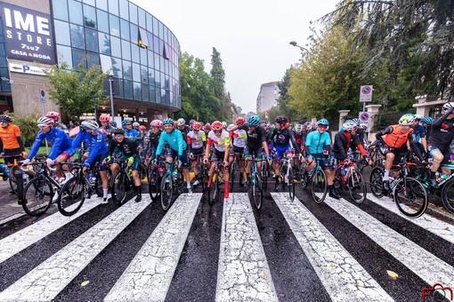 Legnano: sport e commercio pedalano insieme