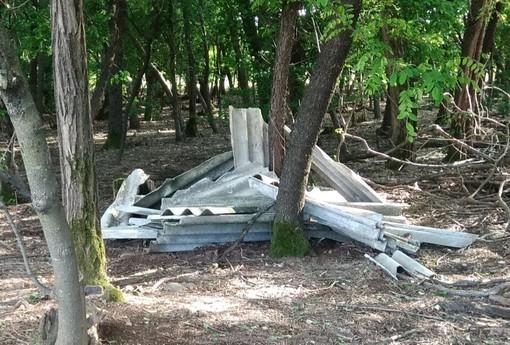 L'amianto rinvenuto ieri al Parco Altomilanese