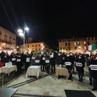 La manifestazione in piazza Santa Maria a Busto Arsizio
