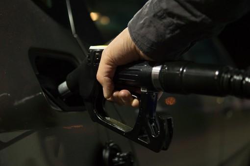 Coldiretti: «L'aumento del costo del petrolio un'altra mazzata per le imprese agricole della provincia di Varese»