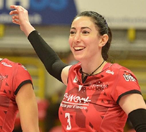 Rossella Olivotto vestirà la maglia della Uyba per la seconda stagione consecutiva