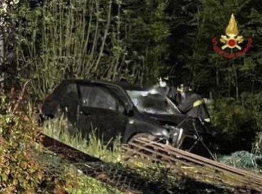 Galliate, auto si ribalta lungo la Provinciale 36. Muore una donna di 33 anni di Bodio
