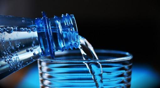 Castellanza, si ripara il guasto: intanto sacchetti di acqua ai cittadini