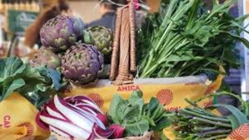 Come smaltire i chili in eccesso dopo i cenoni? Mettendo in tavola frutta e verdura made in Varese