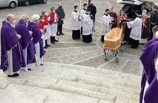 Gorla Maggiore piange don Franco Colombo, parroco del paese per vent'anni