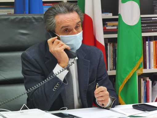 Coronavirus, Fontana annuncia: «Presto aperture graduali in Lombardia, i dati migliorano»