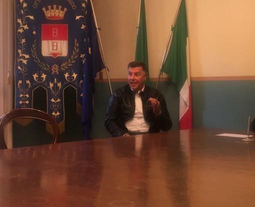 Lorenzo Ferrari della società Amati Live durante la presentazione