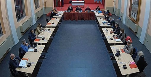 Consiglio comunale in presenza e in streaming a Olgiate. Passa il Rendiconto 2020