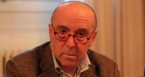 Il funerale di Franco Mazzucchelli in diretta streaming. Il saluto del sindaco Antonelli: «Sempre al servizio della città e dei più fragili»