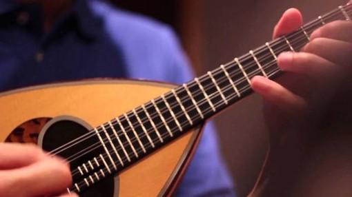 Tornano gli incontri chitarristici e mandolinistici