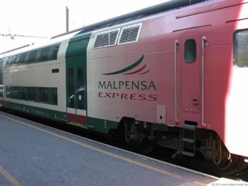 Con gli orari estivi di Trenord Malpensa Express ogni mezz'ora e nuove corse verso Luino