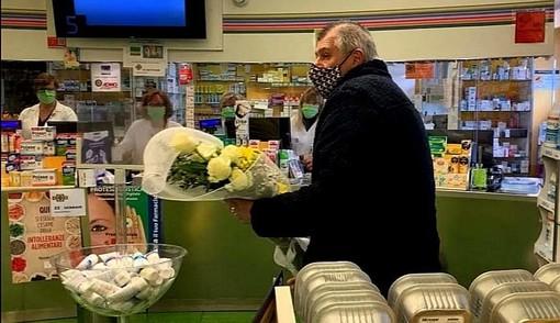 I fiori del sindaco Puricelli per Erica Mosca: «Samarate non la dimenticherà mai»