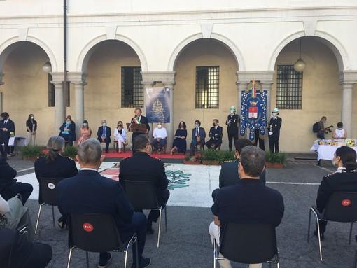 La cerimonia in municipio a Busto. Sotto la presidente Sangalli