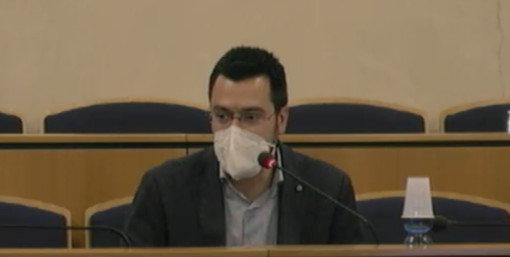 Il sindaco Lorenzo Radice in consiglio