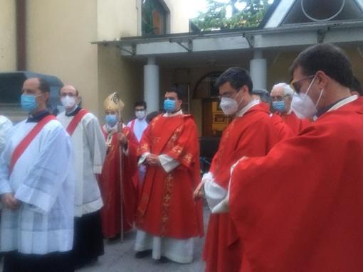 Busto, l'arcivescovo a San Giuseppe: «Che emozione usare il calice di don Isidoro»