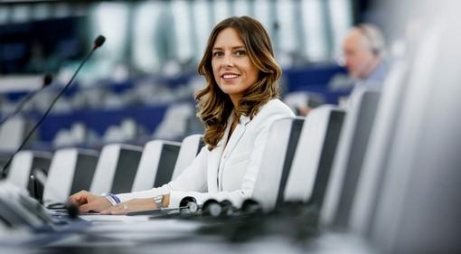 «No a due pesi e due misure tra i lavoratori di Air Italy e Alitalia, il governo intervenga con equità»