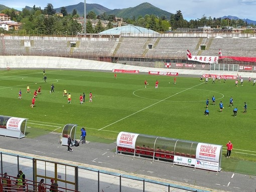 """Il Legnano cade al """"Franco Ossola"""": 3-1 per il Varese"""